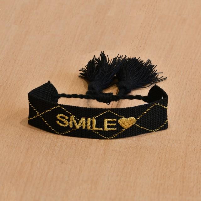 Bracelet tissé smile